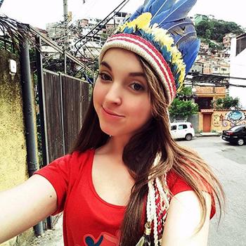 Anna Luiza Calixto Amaral, de 16 anos, jovem militante dos direitos da infância. Crédito: Arquivo Pessoal
