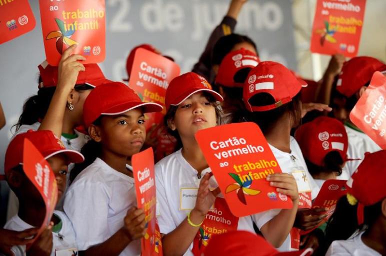Quais as expectativas para o combate ao trabalho infantil em 2017? (Crédito: Antonio Cruz/Agência Brasil).