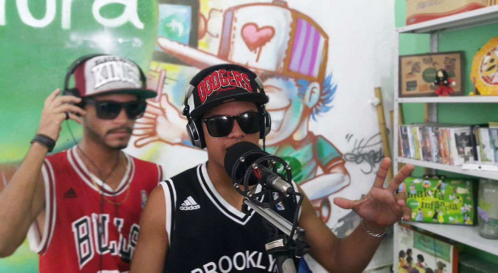 O rapper Anderson da Silva Barbosa, de 20 anos, transformou sua história em poesia. Crédito: Arquivo pessoal