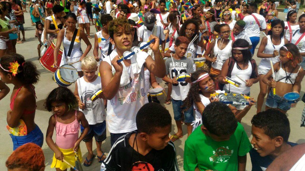 Desfile do Eureca em São Vicente, no dia 20. Crédito: Léo Duarte