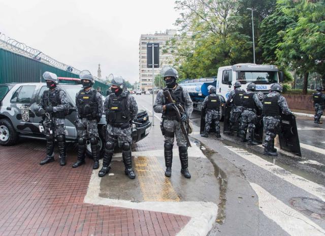 Efetivo policial impede que antigo fluxo volte a ser ocupado. Crédito: Alexandre Carvalho/ SSP