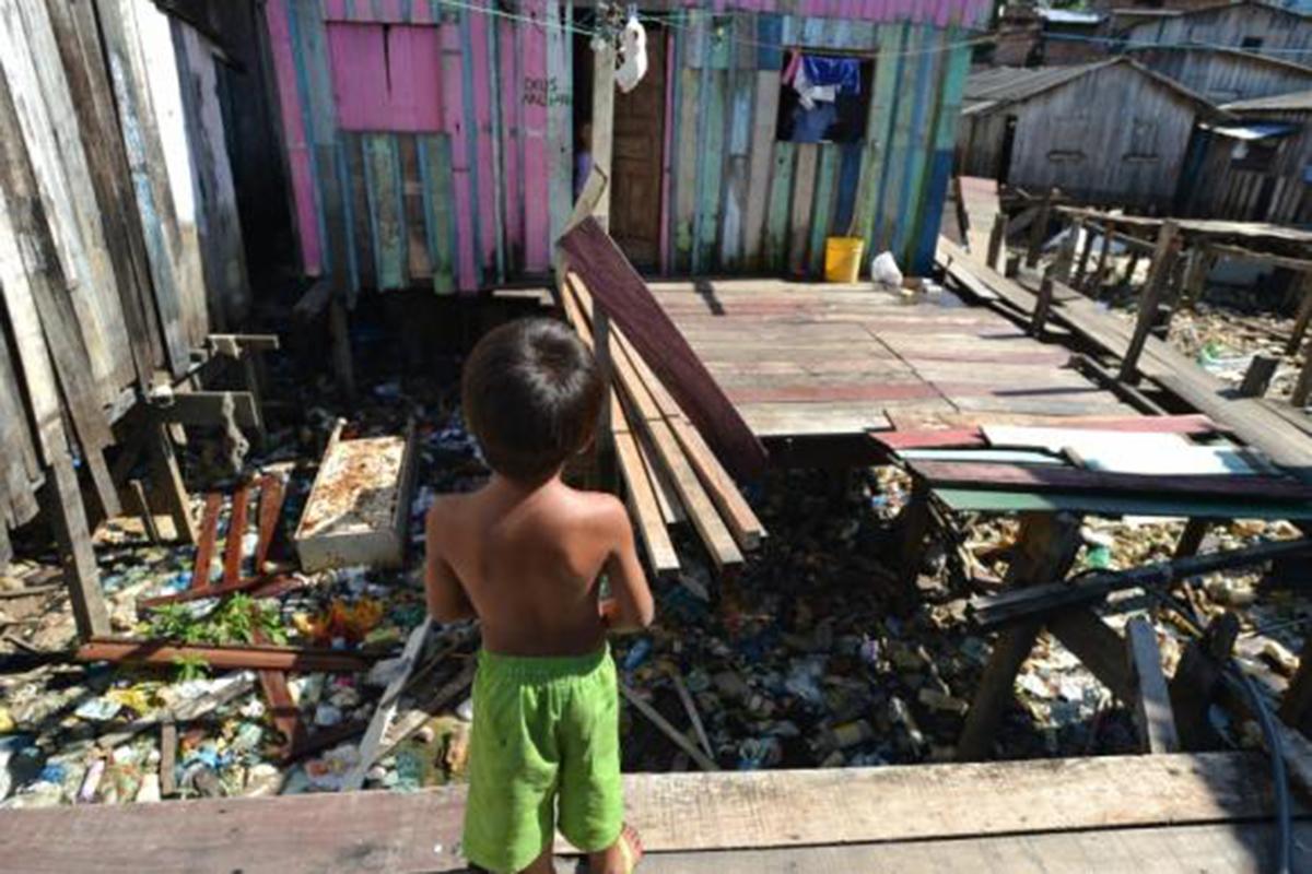 Relatório da Abrinq mostra a preocupante situação de pobreza na qual vivem crianças e adolescentes no Brasil.
