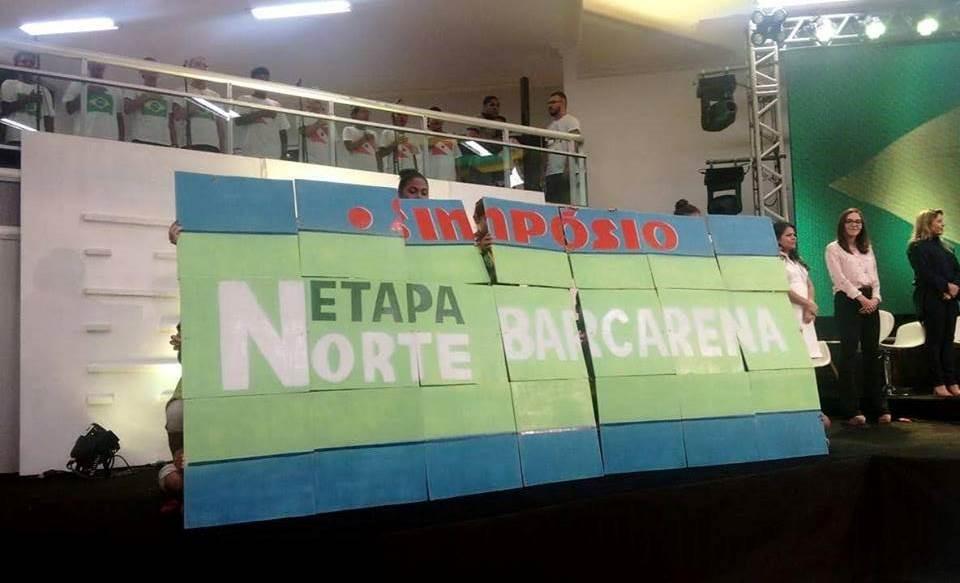 Painel montado por crianças e adolescentes de Barcarena (Foto: Anna Luiza Calixto)