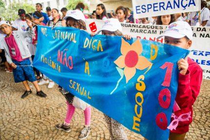 TQ SÃO PAULO 28.02.2019 REDE PETECA PROJETO APRENDIZ 14 GRITO DE CARNAVAL realizado no Vale do Anhangabaú, centro de São Paulo. O tema desse ano é a luta contra a exploração sexual infantil. FOTO TIAGO QUEIROZ/REDE PETECA
